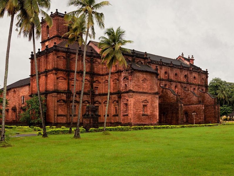 Old churches in Goa
