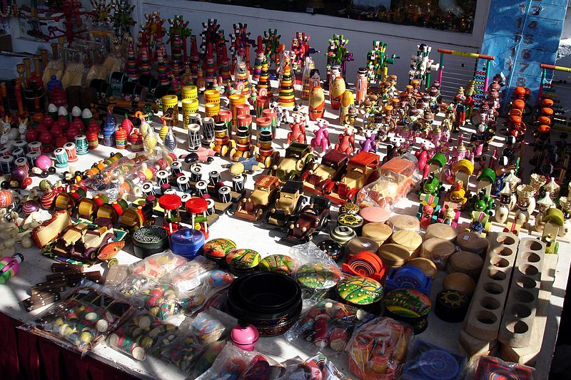 wooden toys to sale  in goa markets